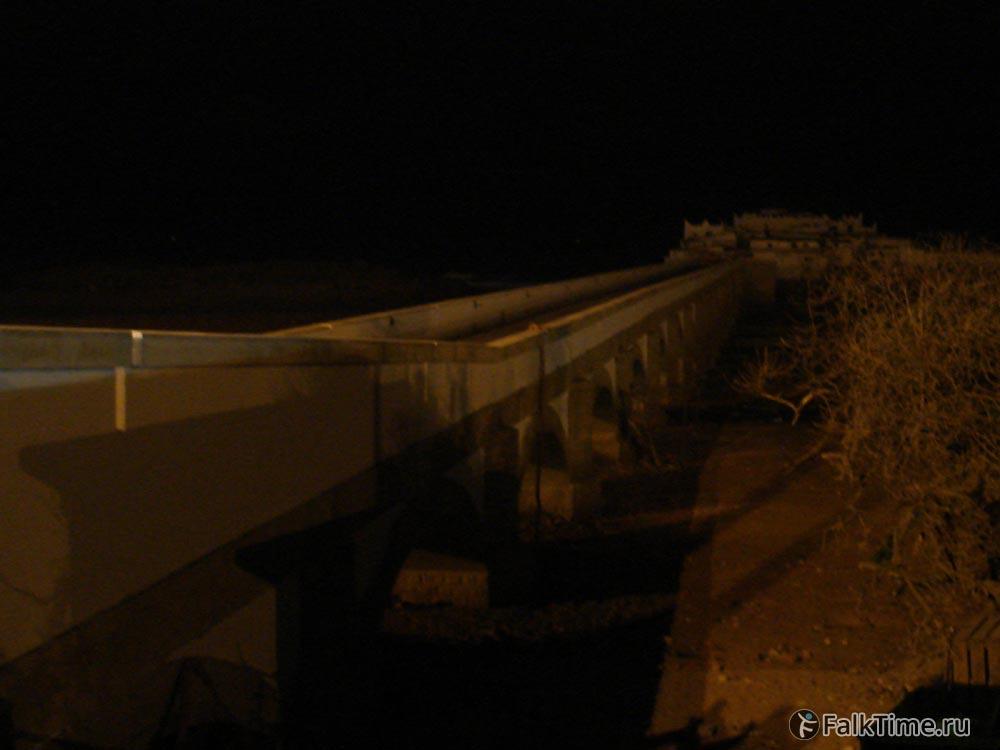 Остров ночью