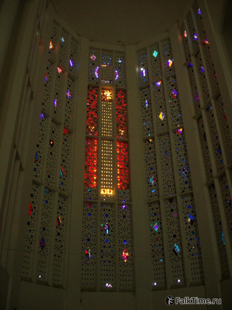Витражи собора Сакре Кёр