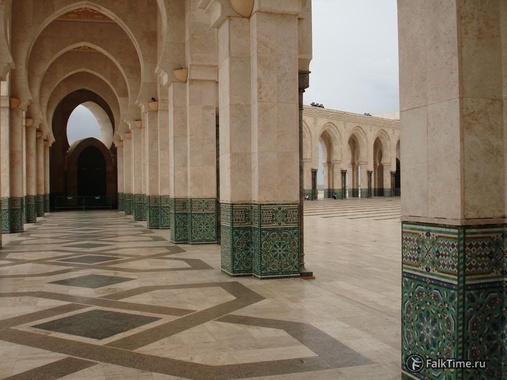 Анфилада арок мечеть Хасана II