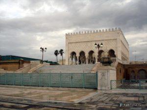Вид на мавзолей