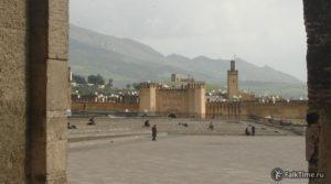 Ворота Баб Шорфа и Джума мечеть