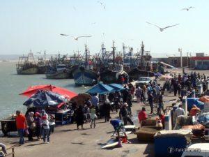 Рыбный рынок в порту Эс-Сувейры